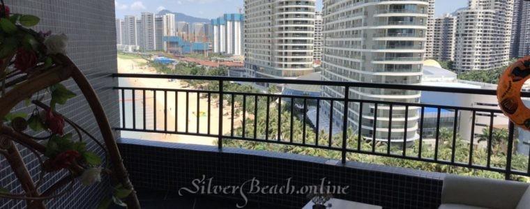 Отличная квартира — студия с прекрасным видом на море и пляж