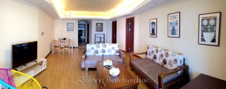Две спальни + гостиная с видом на море, в квартире три кровати